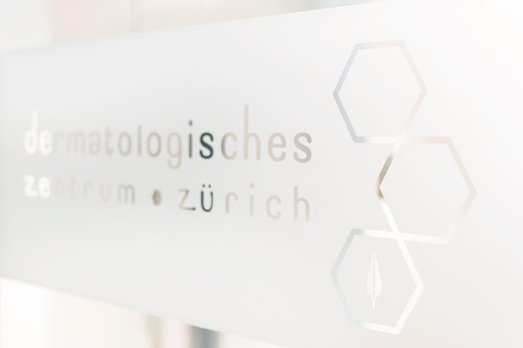 Eingang Dermatologisches Zentrum Zürich